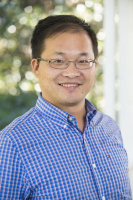 Photo of Dr. Zhang